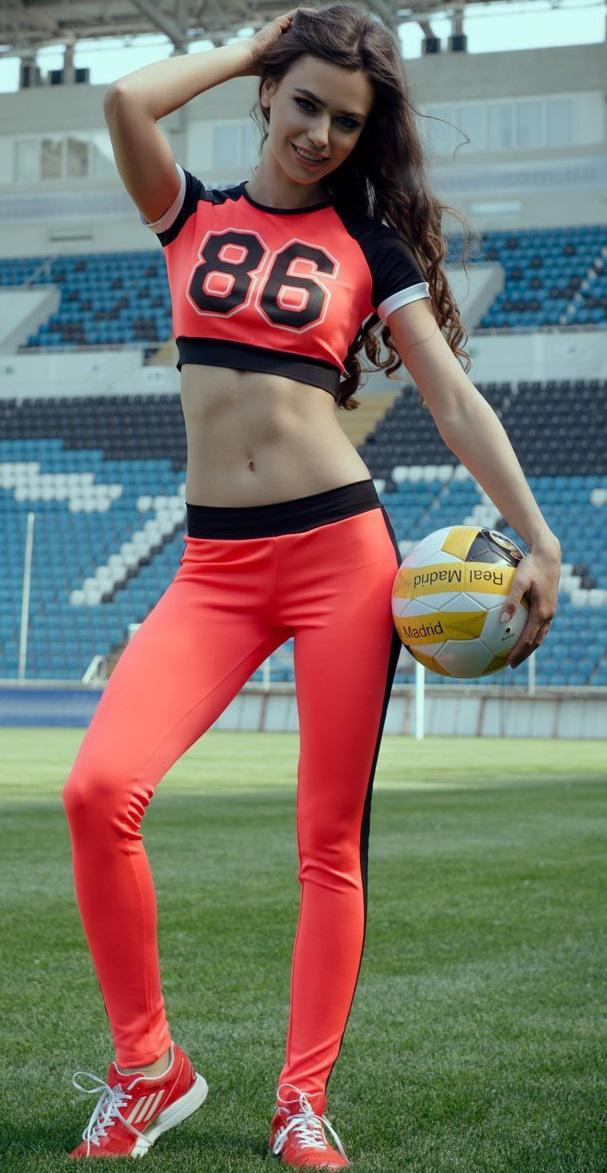 Спортивный костюм для девушек